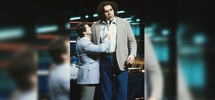 Andre domina a Vince McMahon. Esto fue en la época en que McMahon.