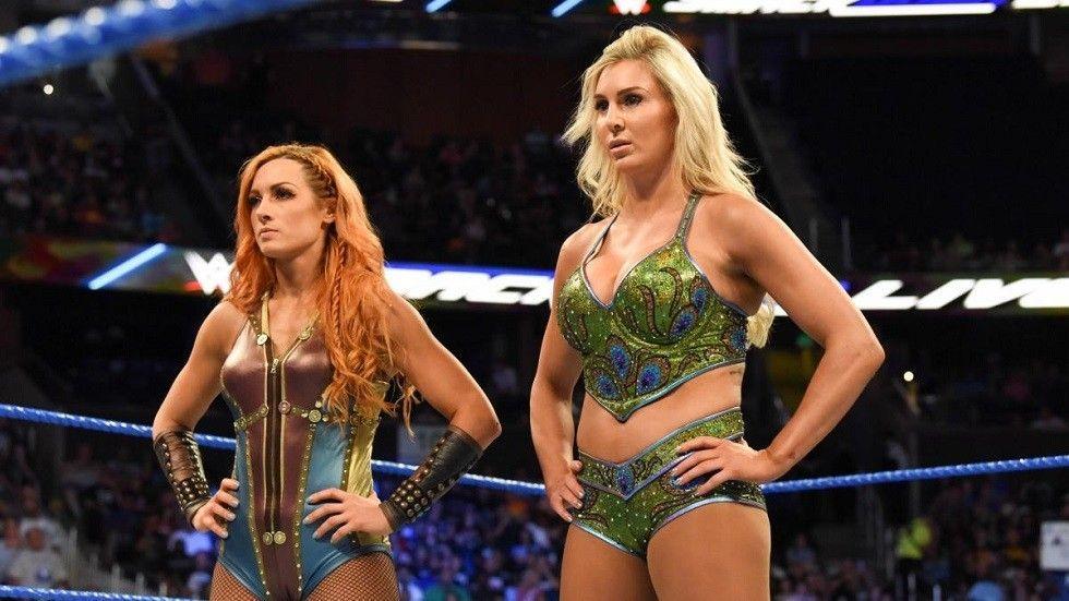 Charlotte Flair y Becky Lynch
